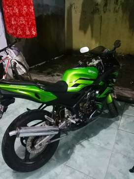 Kawasaki ninja rr th 2011 sudah upgrade ke new rr