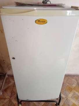Whirlpool freeze(refrigerator)
