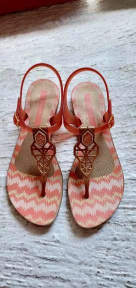 Sepatu teplek grendene Brazil ,,