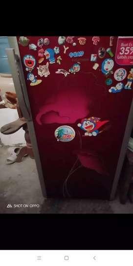 Dicari kulkas showcase frezer mesin cuci ac tv rusak normal siap ambil