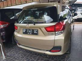 Honda Mobilio 2014 automatic pemakaian pribadi 17 juta kagak