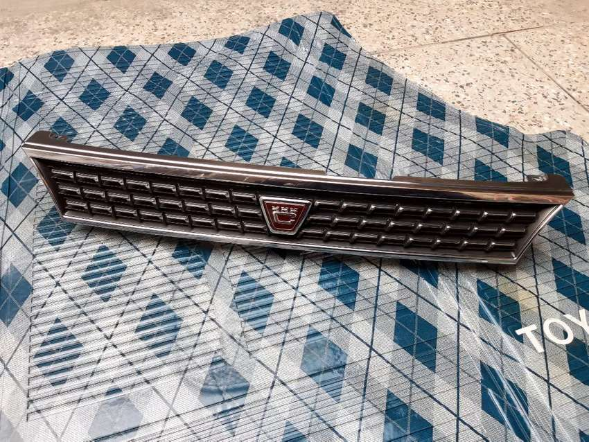 Toyota Corolla 1994 AE100 Front Grill For Sell 0