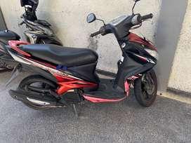 Yamaha xeon 2012 red