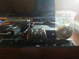 Xbox 360 in good condition with kinect