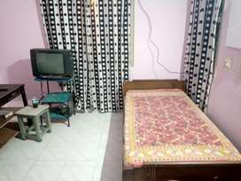 Room for rent in Hebbal, near Ring Road
