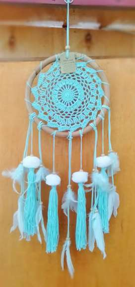 Souvenir dream catcher rotan pom pom