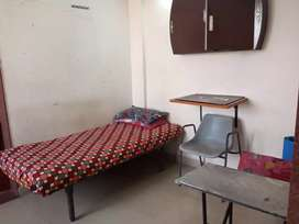 Rooms for girls / ladies at Raiya Road Rajkot