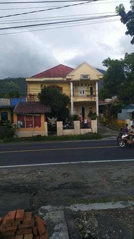 Dijual Cepat dan Murah Rumah dan Kos-kosan Pinggir Jalan Raya Airmadid