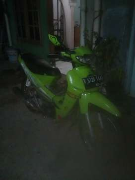 Kawasaki blitz R 2004