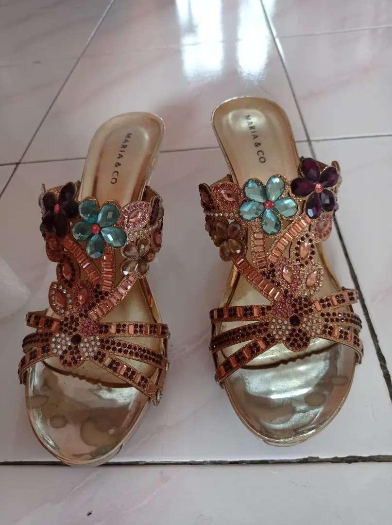 Sandal pesta Maria & Co