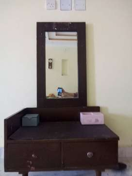 Pure Sheesham Wood Dressing table(small) and mirror