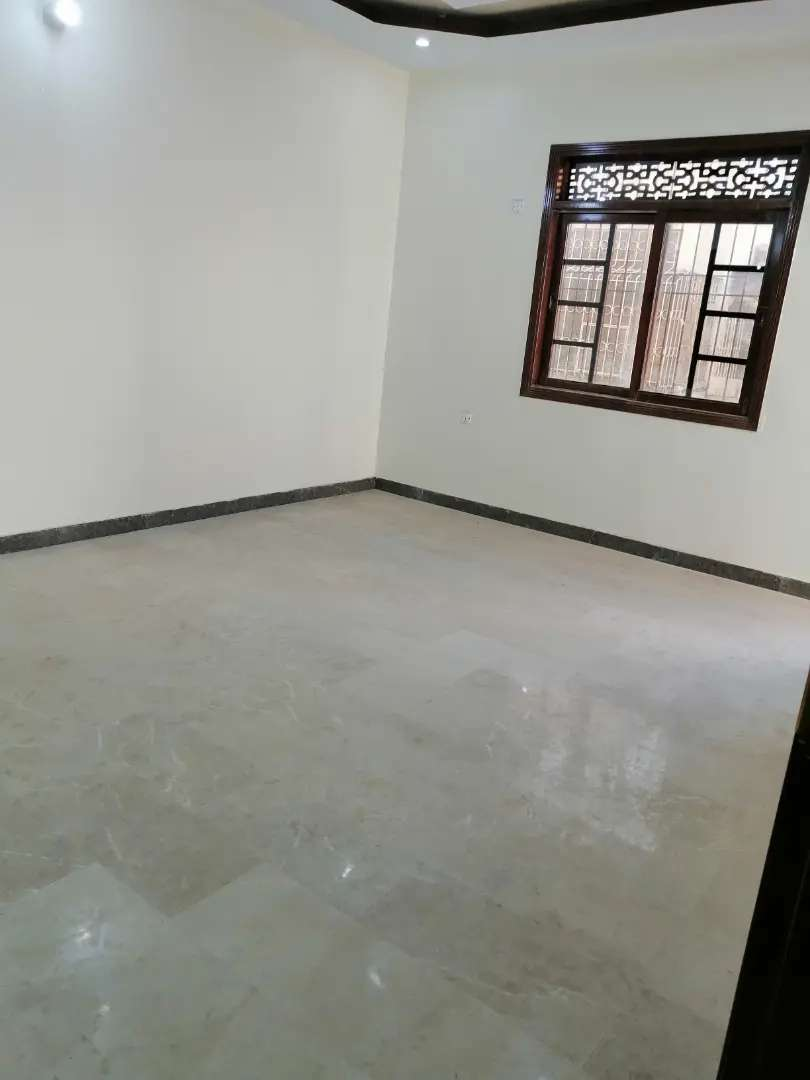 Nazimabad No 2 with roof 216 yard