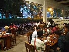 Mencari Investasi Modal dan Lokasi Membuka Restoran