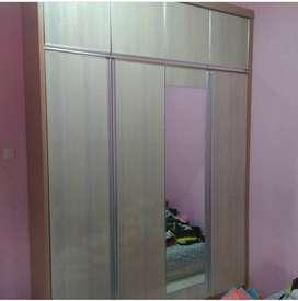 Tempat tidur, lemari pakaian, lemari bawah tangga lemari baju, kitchen
