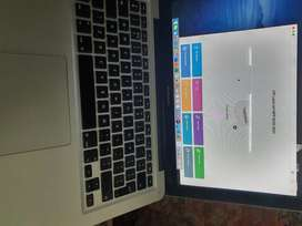 An Excellent Condition Macbook Pro Mid 2012 Core I7 with 8 GB Ram