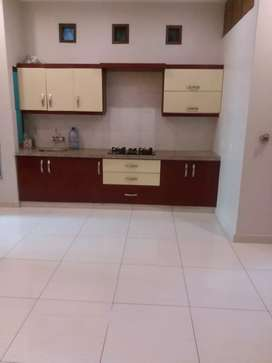 Bunglow facing 1St Floor 2bed dd In nishat Commercial