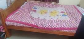 Bed 6x5 size with mattress
