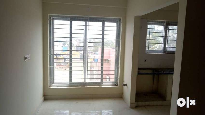 Ready to move 2 BHK Budgeted flat for sale in Kammanahalli Main Road. 0