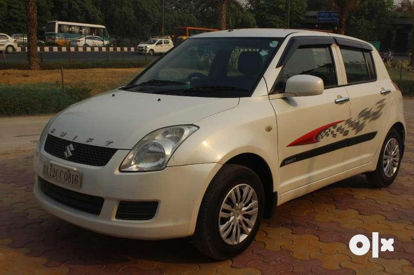 Maruti Suzuki Swift LXi 1.2 BS-IV, 2011, CNG & Hybrids 0