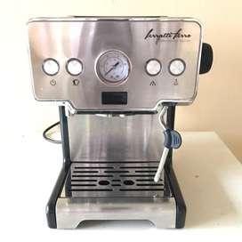 Mesin Kopi Espresso Ferrati Ferro Fcm3605