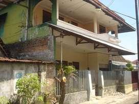 Dijual/Dikontrakan Rumah 2 Lantai Gandekan Jebres Solo/Surakarta