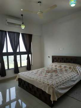 Fully furnished flat available in Newtown near TATA AVENIDA