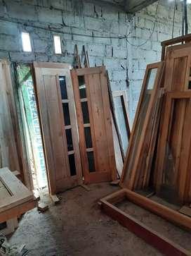 Pintu kupu2 kayu murah