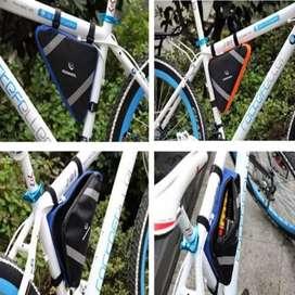 Tas sepeda segitiga bicycle merek Roswheel