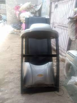 Electric Treadmail in good condition