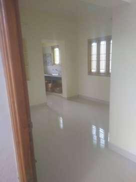 2 Bed 1 Floor House for Lease in Anna nagar