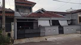 Rumah bekas bebas banjir lokasi strategis