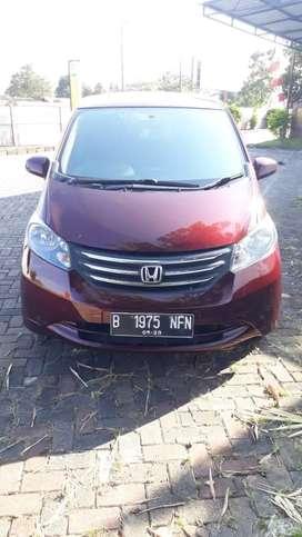Honda Freed E PSD Tahun 2010  Terima nama pembeli