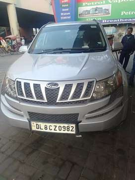 Xuv 500 w6 model with company fitted alloyes, single owner