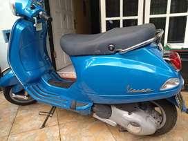 dijual vespa piagio LX 150 3Vie