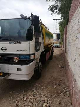 Oil tanker 15000 liters 6wheel peshawer reg for sale