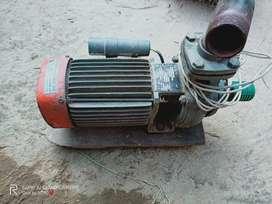Kiloskar 1.5 HP water pump. Brand new Condition