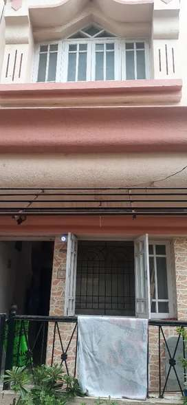 3BHK RAW HOUSE GIVE ON SELL,