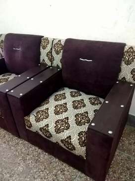 Bumper sale 5 seater sofa fix prize