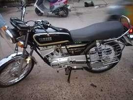 RX135 YAMAHA BLACK