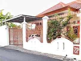 Rumah Dalam Kota Tanah Luas 500 Jln Lebar