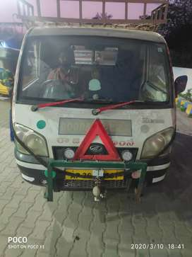 Mahindra maxximo for commercial use or food truck