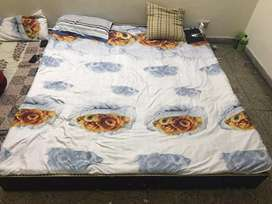 6/7 bed brand new condition