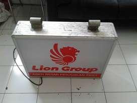 buat neonbox service papannama ganti gambar lampu di Karanganyar