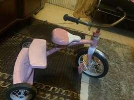 Sepeda anak perempuan Radio Flyer USA pink