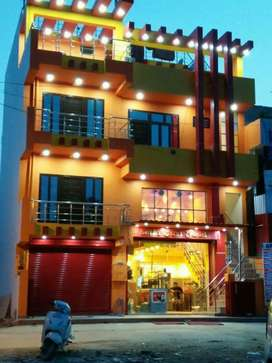 Fully furnished restaurant for sale in front  graphic era university