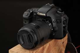 canon 7d  camera with 18-135 lens