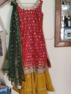 Party wear dress ready to wear