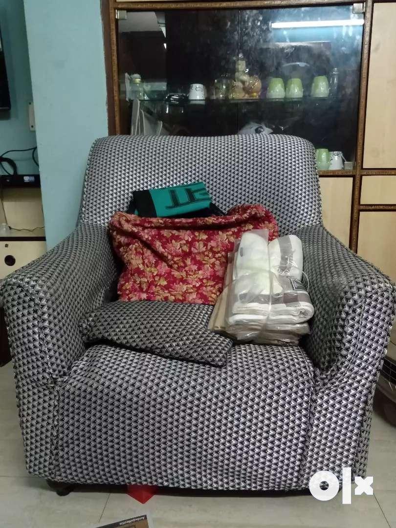 1 single chair sofa 0