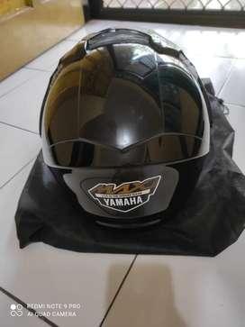 Helm yamaha maxy