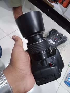 Canon 500d DSLR with 18 55mm 10/10 new